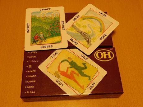 OH-kártyák és a doboza